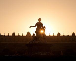 太陽王を讃える歌