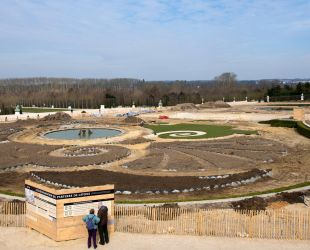 The parterre takes shape