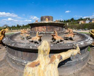 ラトナの泉水の眺め