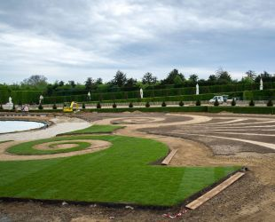 Restoration of the Latona parterre