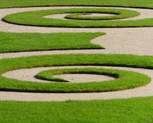 Motivos en espiral del parterre