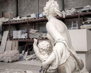 El grupo escultórico del estanque de Latona está siendo restaurado actualmente