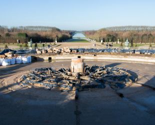 The spider of Latona Fountain is revealed