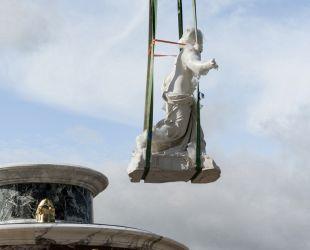 Retour du groupe sculpté du bassin de Latone