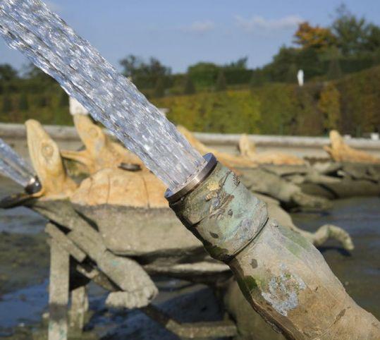 Jets d'eau du bassin de Latone