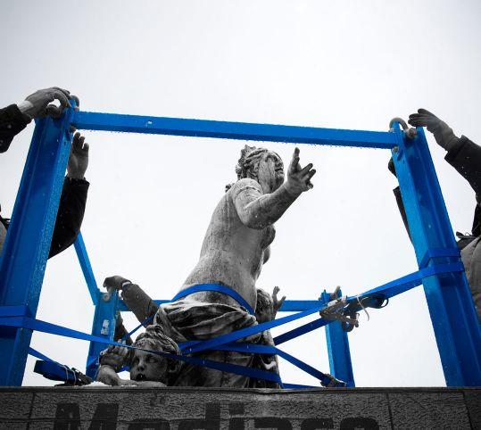 集合像撤去時のラトナ像とディアナ像