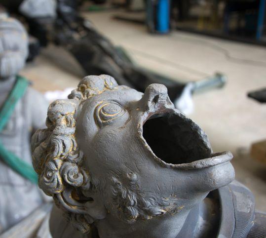 Restauration des sculptures de plomb