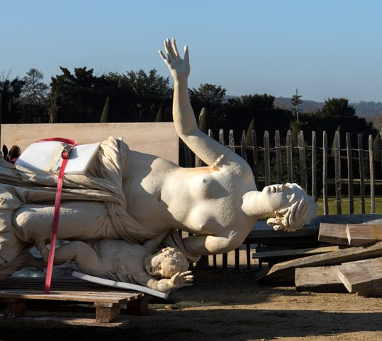 Retour du groupe sculpté de Latone